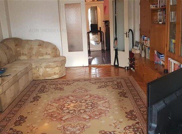 Apartament 2 camere decomandat zona Stadion - imaginea 1