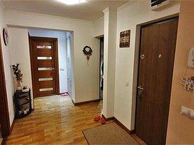 Apartament de vânzare 3 camere, în Alba Iulia, zona Ampoi 1