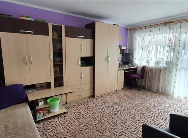 Apartament 2 camere decomandat,zona Ampoi 2 - imaginea 1