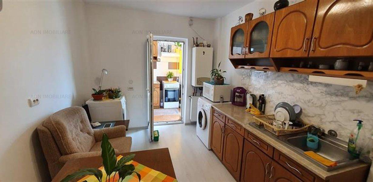 Apartament 3 camere, 70 mp, mobilat, utilat, zona Tolstoi - imaginea 4