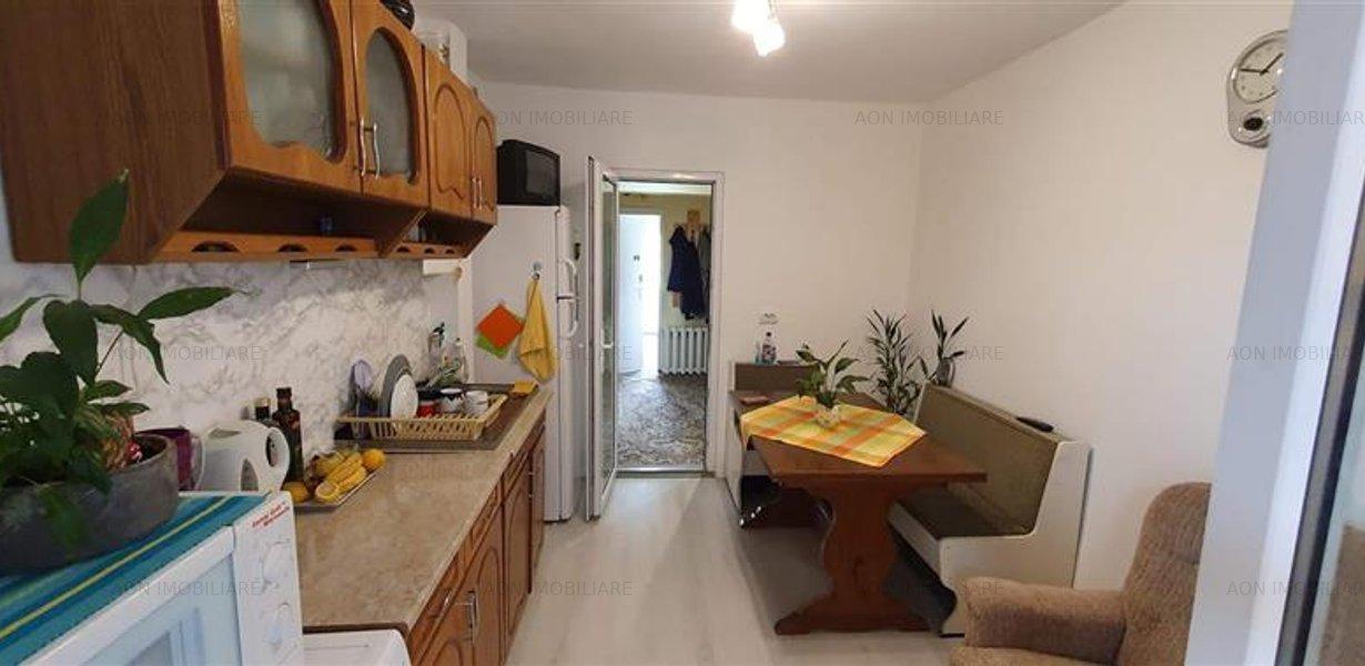 Apartament 3 camere, 70 mp, mobilat, utilat, zona Tolstoi - imaginea 6