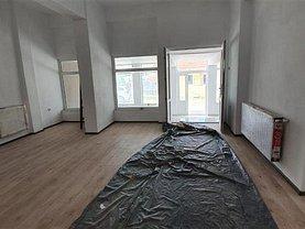 Apartament de vânzare 3 camere, în Pianu de Jos, zona Central