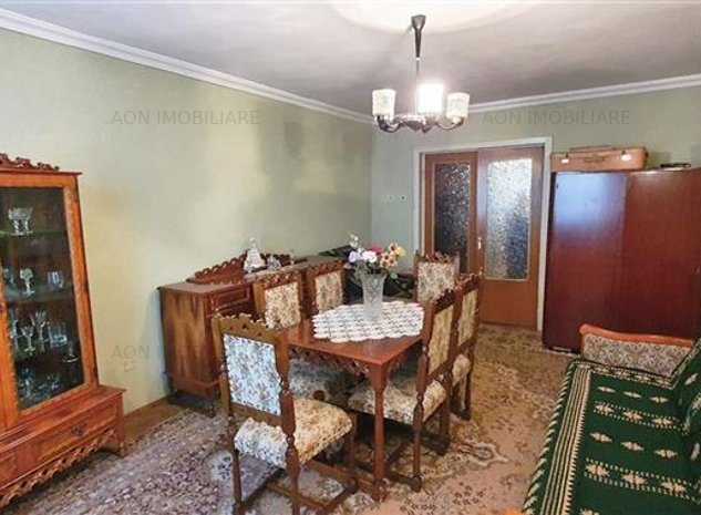 Apartament 3 camere, 2 bai, 2 balcoane, etaj 2, boxa, Closca - imaginea 1