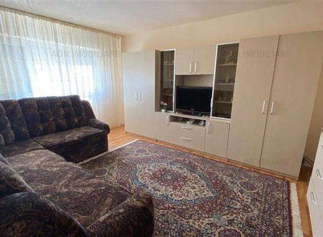 De vanzare apartament 2 camere, zona Cetate - imaginea 1