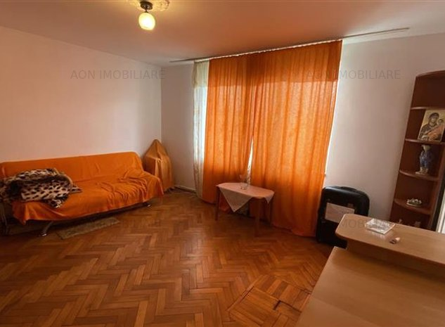 De inchiriat apartament cu 2 camere, zona Cetate - imaginea 1