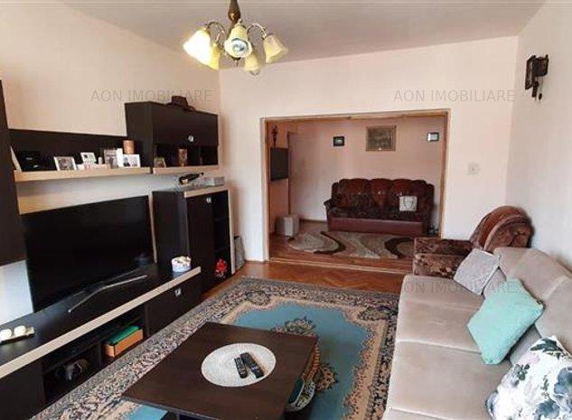Apartament 4 camere, foste proprietati, Cetate - imaginea 1