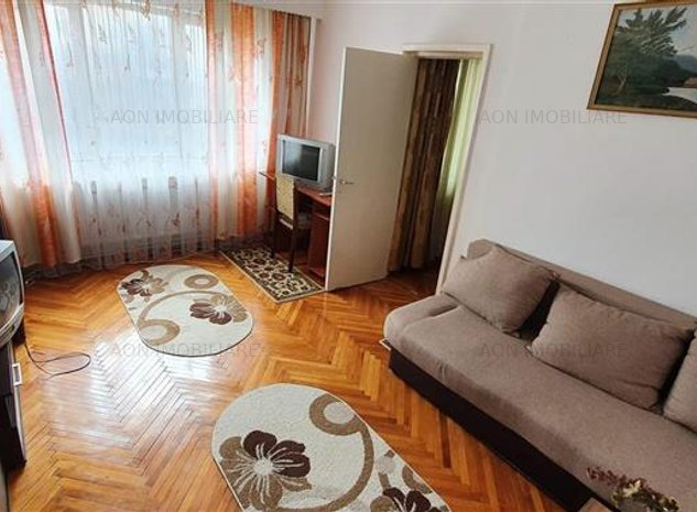 Apartament 2 camere, Zona Cetate, semidecomandat - imaginea 1