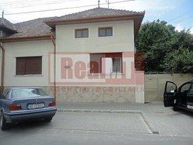 Casa 4 camere în Alba Iulia, Central