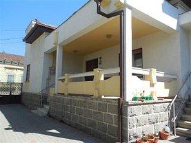 Casa de închiriat 3 camere, în Alba Iulia, zona Central