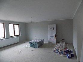 Casa de închiriat 4 camere, în Alba Iulia, zona Micesti