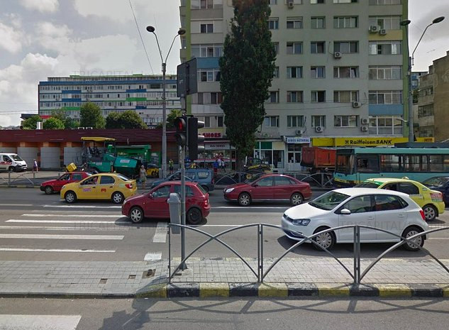 Spatiu comercial Budapesta Intersectie - imaginea 1