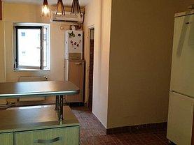 Apartament de vânzare 3 camere în Targu-Jiu, Nicolae Titulescu
