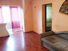 Apartament de închiriat 3 camere în Targu-Jiu, 9 Mai