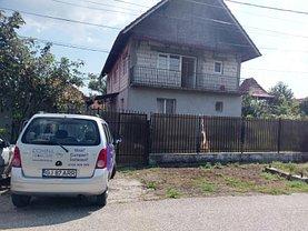 Casa 17 camere în Targu-Jiu, Centura