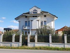 Casa 9 camere în Targu-Jiu, Central