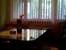 Apartament de vânzare 3 camere, în Targu Mures, zona Aleea Carpati