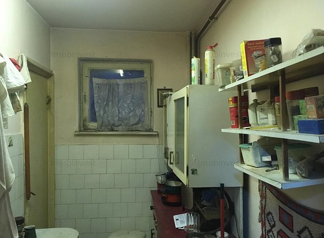 Bul. 1848, apt. 3 camere, conf.1, decomandat, boxa pivnita, CT. proprie, - imaginea 1