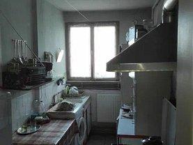 Apartament de vânzare 3 camere, în Târgu Mureş, zona Aleea Carpaţi