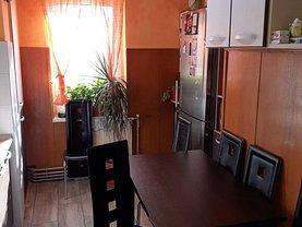 Apartament de vânzare 3 camere, în Targu Mures, zona Tudor