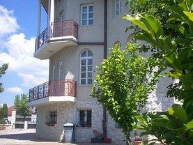 Casa de închiriat 11 camere, în Târgu Mureş, zona Cornişa
