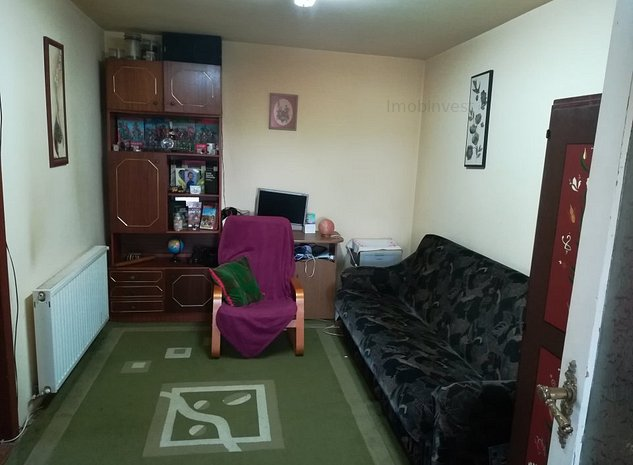 casa zona Budiu, 3 cam,380 mp teren, singur in curte - imaginea 1