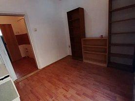 Casa de vânzare o cameră, în Targu Mures, zona Central