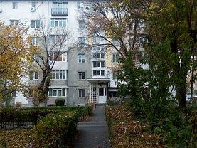 Apartament de vânzare 2 camere în Ramnicu Valcea, 1 Mai