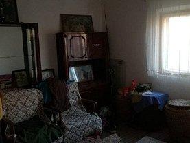 Casa de vânzare 5 camere, în Prundeni