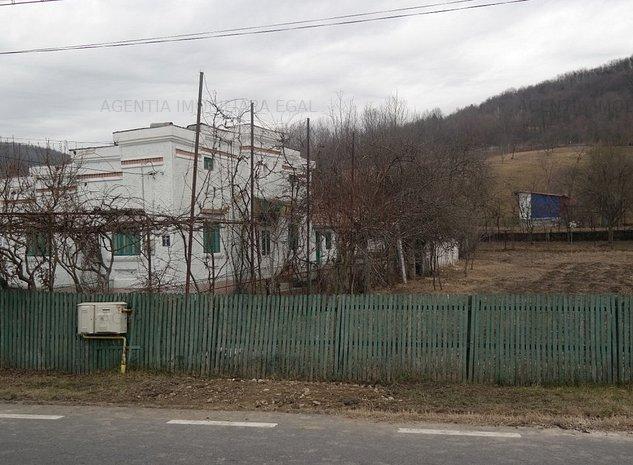 Casa si teren Rm Valcea, zona Goranu. - imaginea 1
