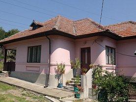 Casa de vânzare 3 camere, în Bujoreni