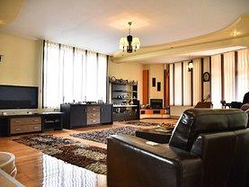 Casa de vânzare 9 camere, în Ramnicu Valcea, zona Nord