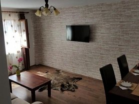 Apartament de vânzare 4 camere în Suceava, Burdujeni