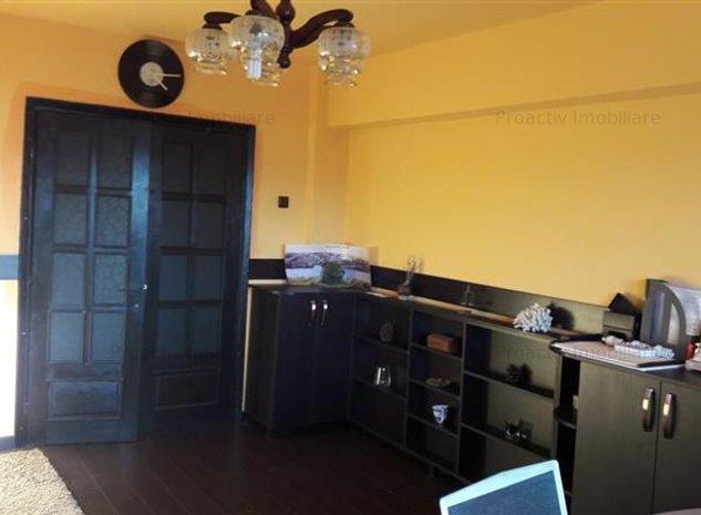 Obcini apartament 3 camere (3C-2760) - imaginea 1