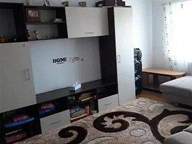 Apartament de vânzare 5 camere, în Suceava, zona Obcini