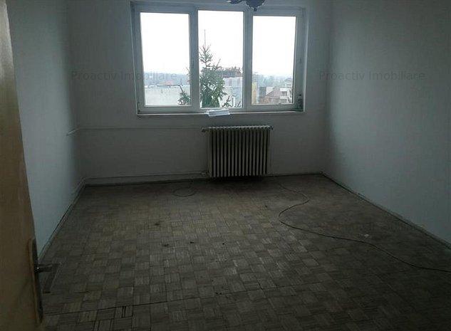 Centru apartament 3 camere (3C-2976) - imaginea 1