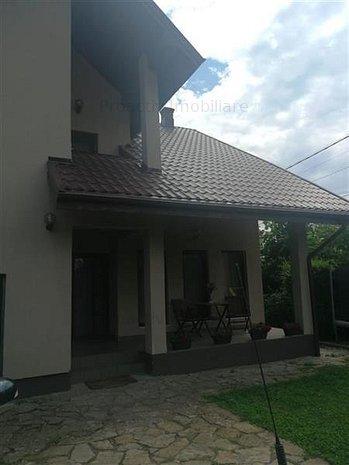 Casa la intrare in Moara (C-3857) - imaginea 1