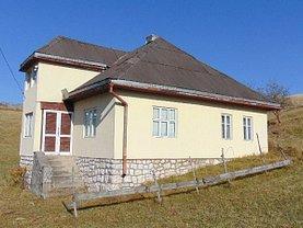 Casa de vânzare 4 camere, în Şirnea