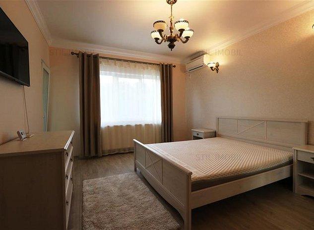 Apartament 1 camera Cris Estate Bucium+loc parcare - imaginea 1