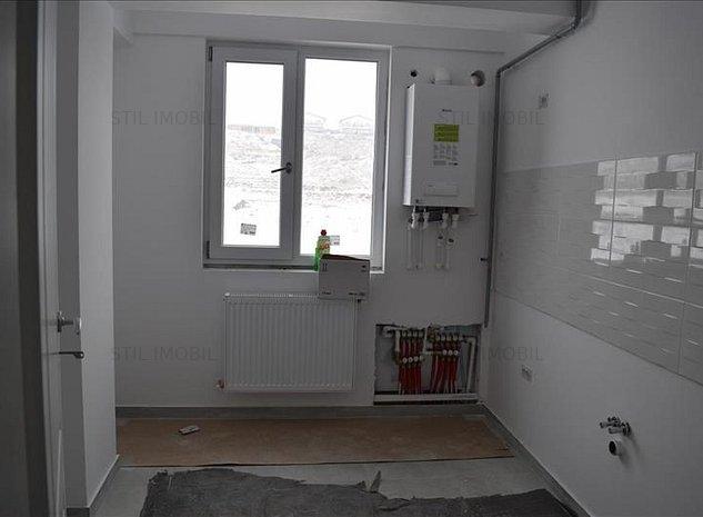 Apartament 2 camere - decomandat - mutare imediata - Bucium Bellaria - imaginea 1