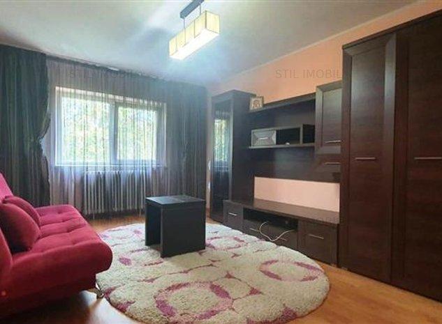 Apartament 3 camere decomandat 2 bai Nicolina - Podu Ros - imaginea 1