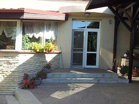 Casa de închiriat 6 camere, în Iasi, zona Centru Civic