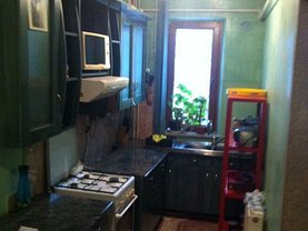 Apartament de vânzare sau de închiriat 4 camere, în Baia Mare, zona Decebal