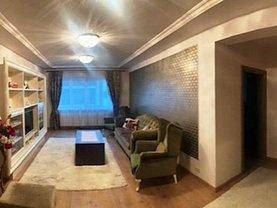 Apartament de închiriat 4 camere, în Baia Mare, zona Central