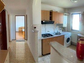 Apartament de închiriat 3 camere, în Baia Mare, zona Ultracentral