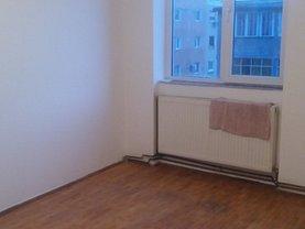 Apartament de vânzare sau de închiriat 3 camere, în Deva, zona Dacia