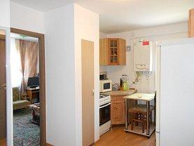 Apartament de vânzare 3 camere, în Deva, zona Minerul