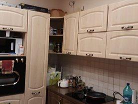 Apartament de închiriat 3 camere, în Deva, zona Ultracentral