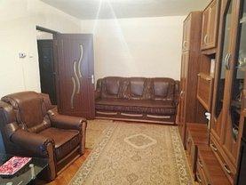 Apartament de închiriat 3 camere, în Deva, zona Balcescu