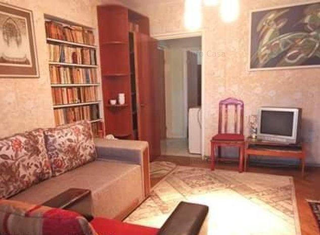Ocazie...vand apartament 3 camere decomandat - imaginea 1