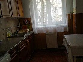 Apartament de închiriat 2 camere, în Deva, zona Nicolae Bălcescu